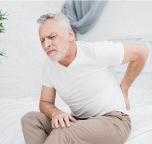 האם יכולה מחלת גב להיחשב לתאונת עבודה?
